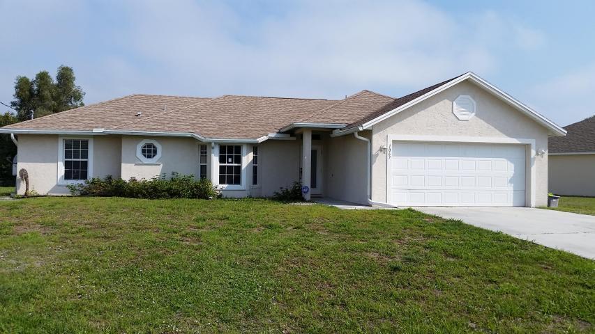 1067 Sw Coleman Avenue, Port Saint Lucie, FL 34953