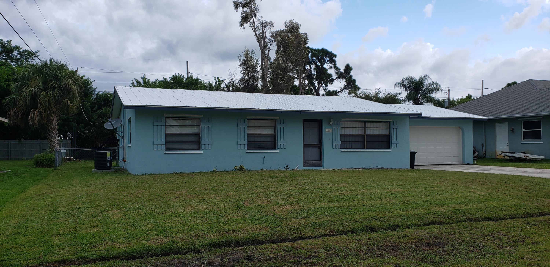 1347 Se Petunia Avenue, Port Saint Lucie, FL 34952