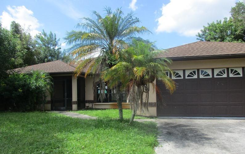 529 Se Nome Drive, Port Saint Lucie, FL 34984
