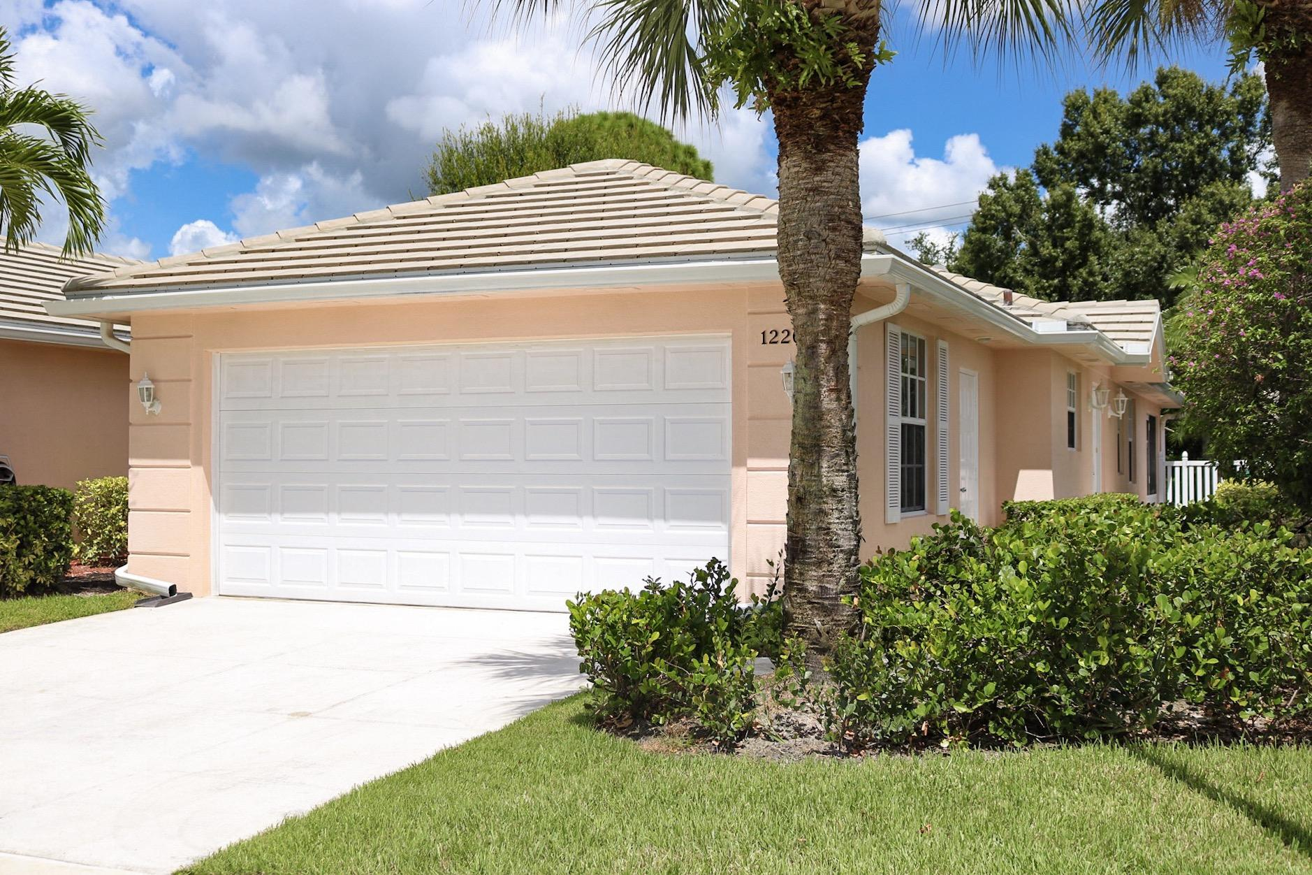 1226 Nw Bentley Circle, Port Saint Lucie, FL 34986