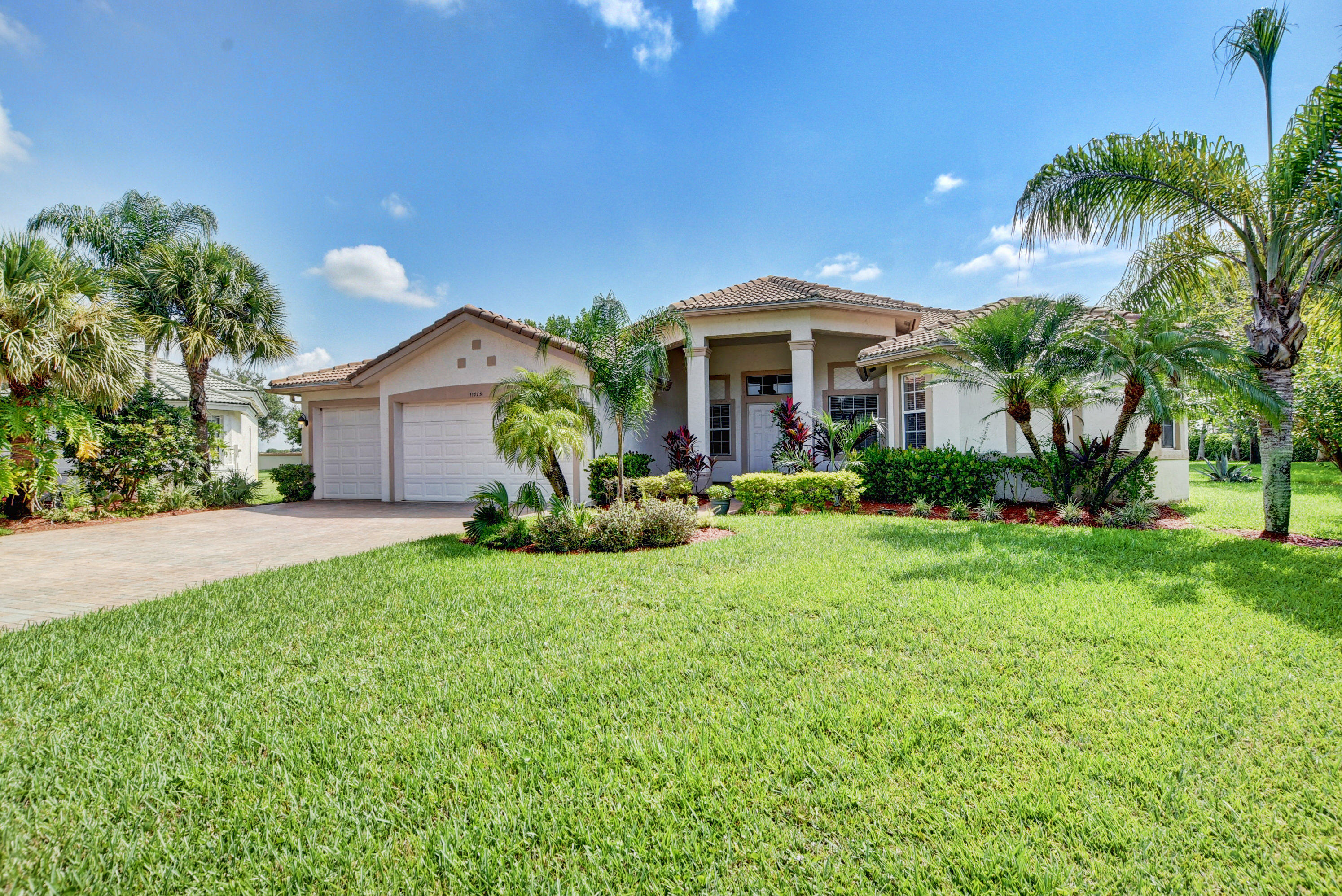 11775 Osprey Point Circle, Lake Worth, FL 33449
