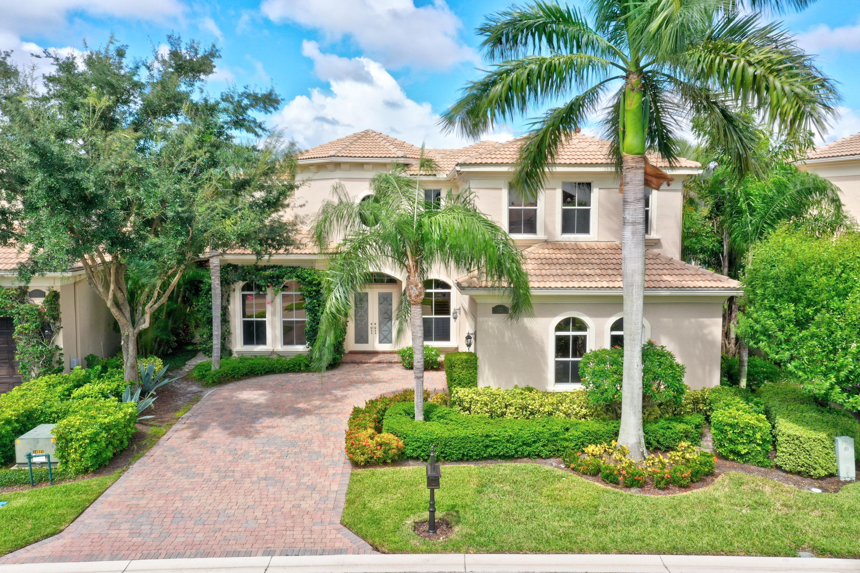 121 Dalena Way, Palm Beach Gardens, FL 33418
