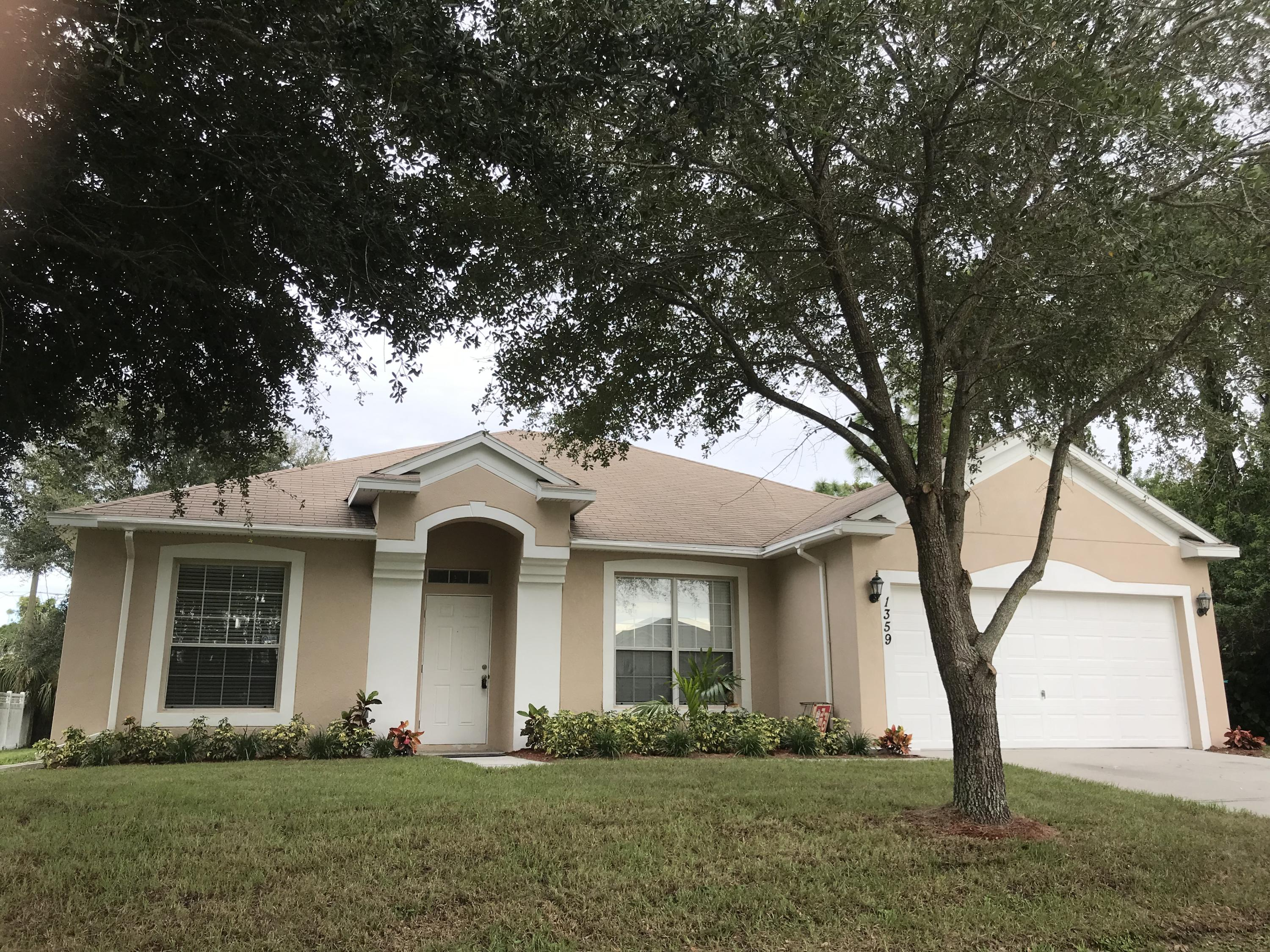 1359 Vater Nw Avenue, Palm Bay, FL 32907