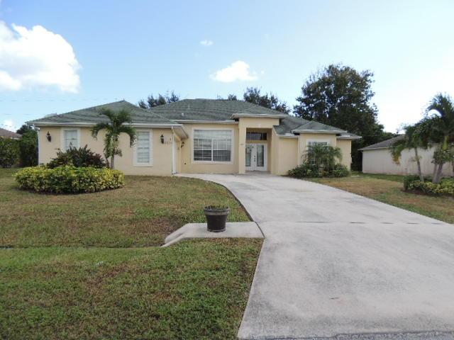 2479 Sw Monterrey Lane, Port Saint Lucie, FL 34953