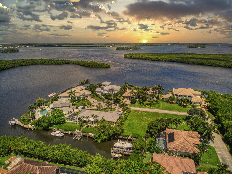 128 Queen Isabella Court, Hutchinson Island, FL 34949