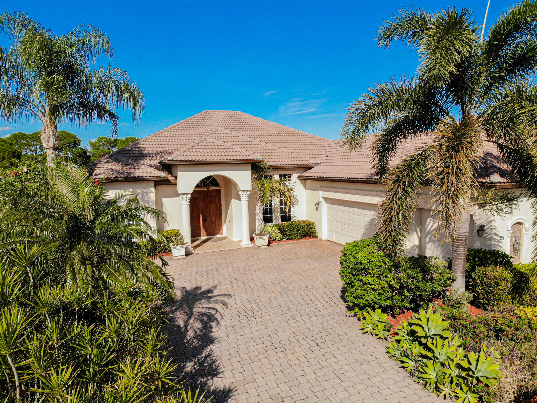 924 Sw Grand Reserve Boulevard, Port Saint Lucie, FL 34986