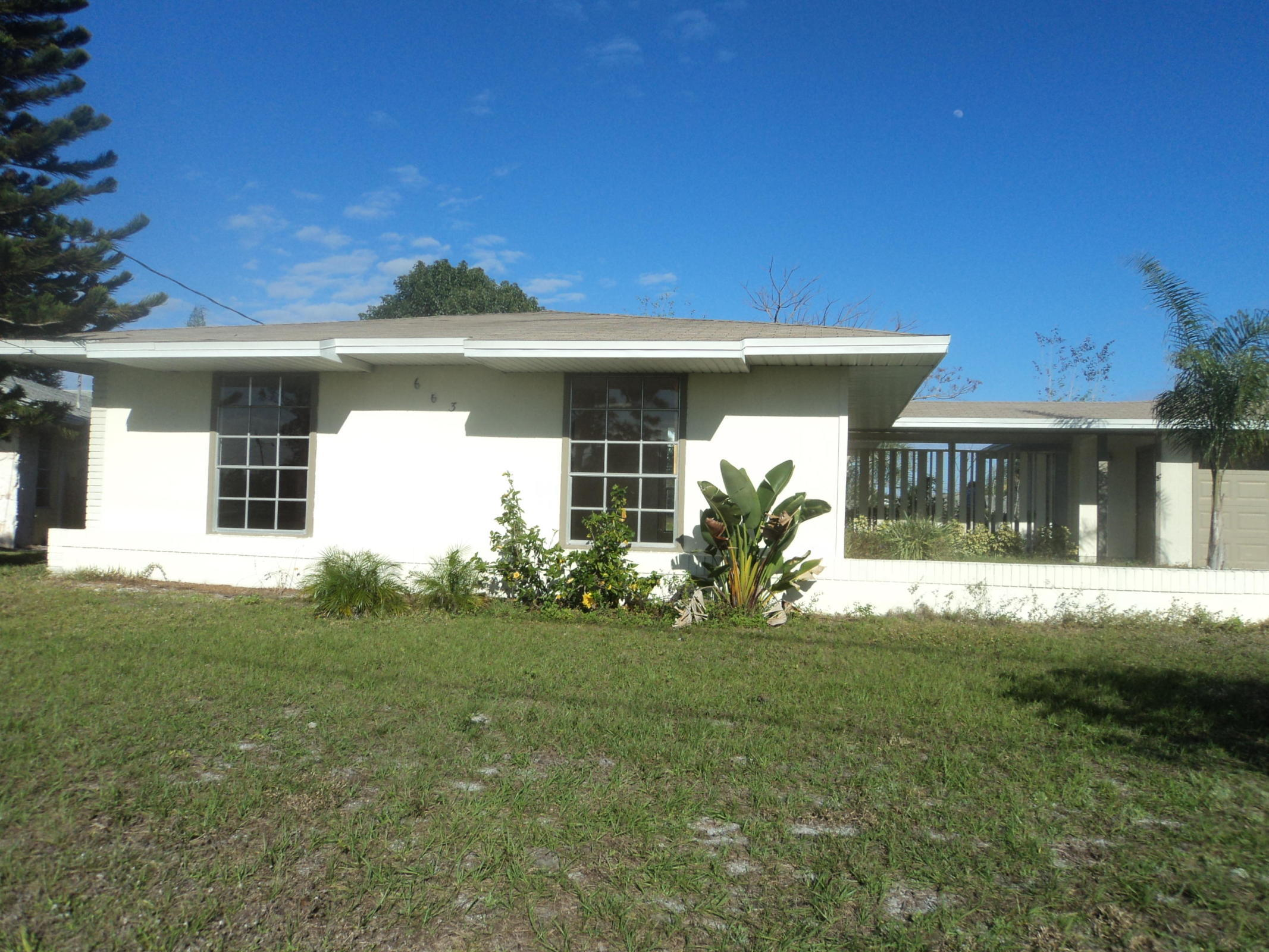 663 Se Harborview Drive, Port Saint Lucie, FL 34953