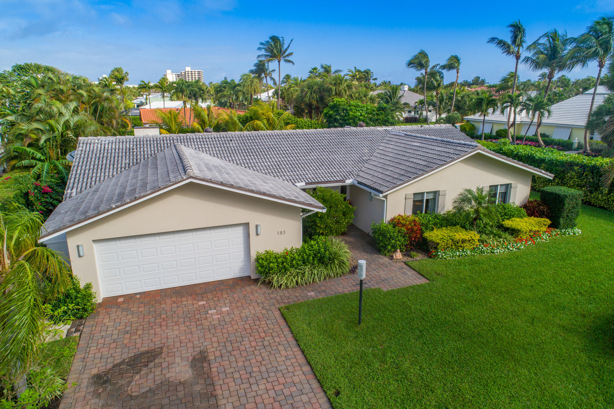 183 Beacon Lane, Jupiter Inlet Colony, FL 33469
