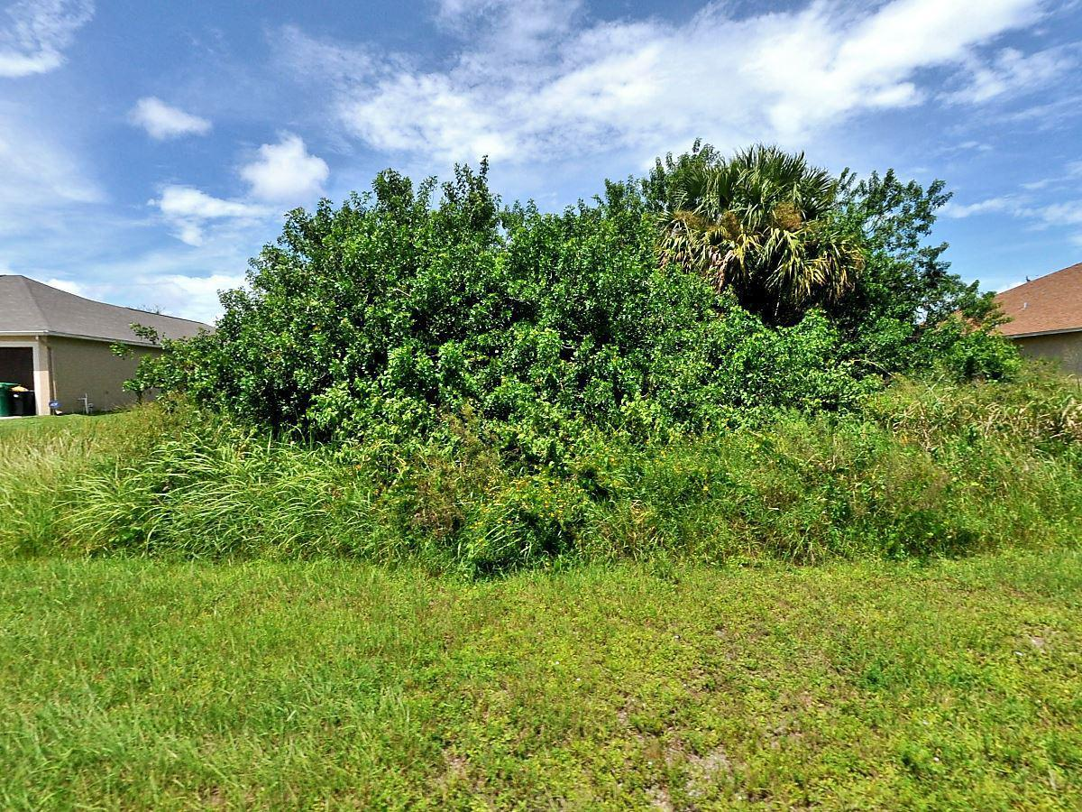 881 Sw Kappa Avenue, Port Saint Lucie, FL 34953