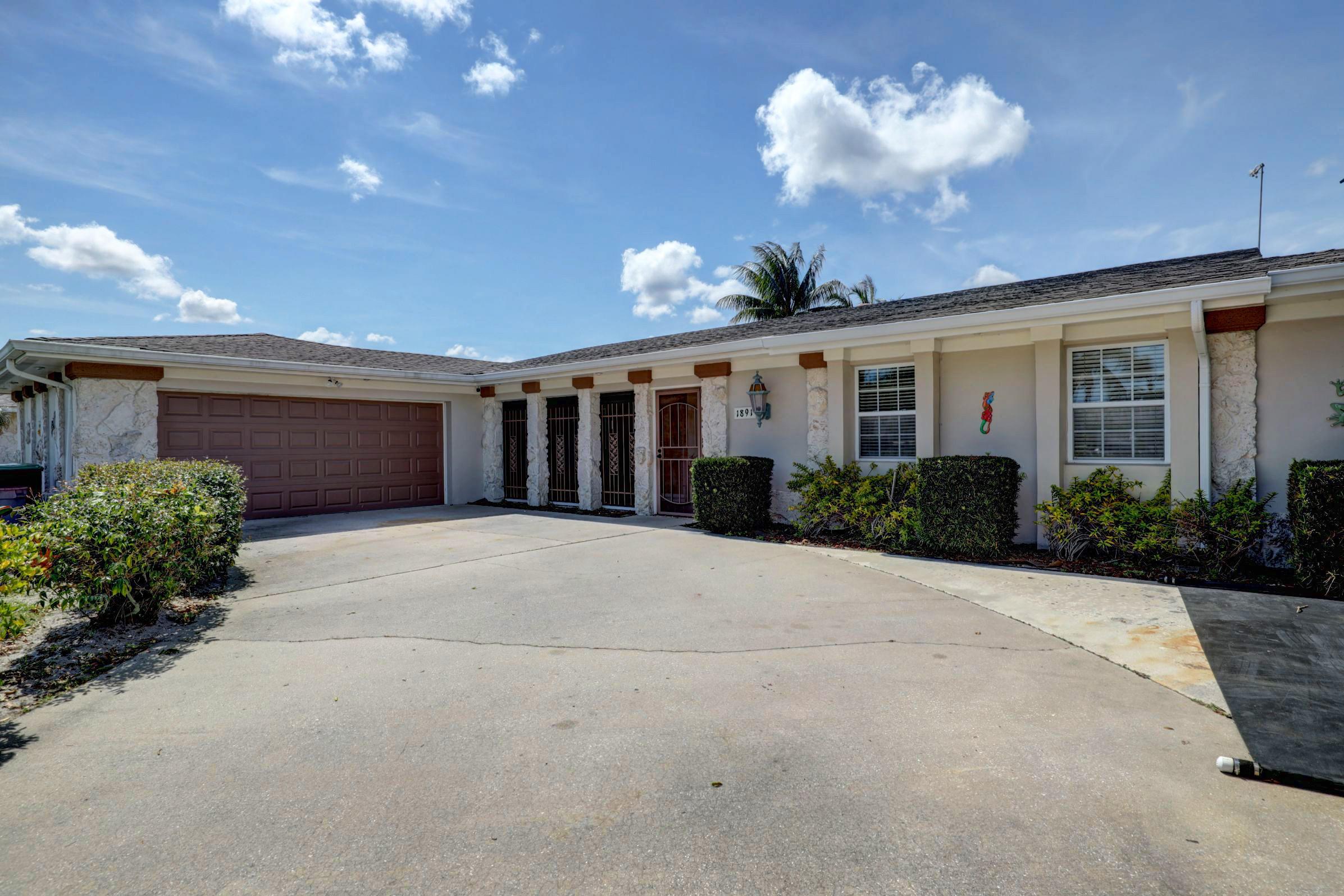 1891 Se Erwin Road, Port Saint Lucie, FL 34952