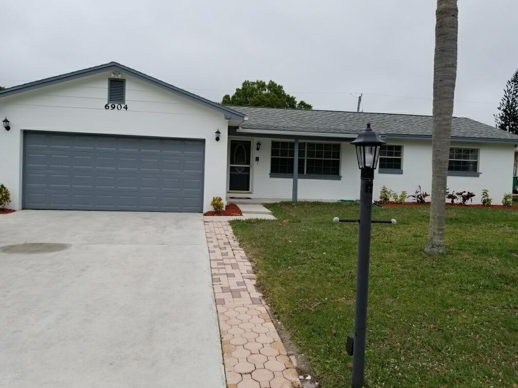 6904 Bayard Road, Fort Pierce, FL 34951