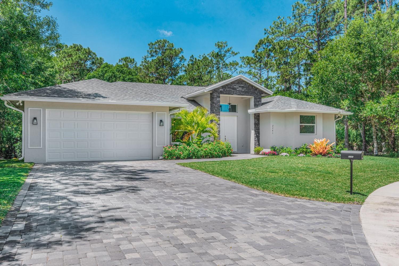 2741 Oak Alley Drive, Fort Pierce, FL 34981