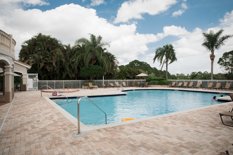 114 Sw Peacock Boulevard, Port Saint Lucie, FL 34986