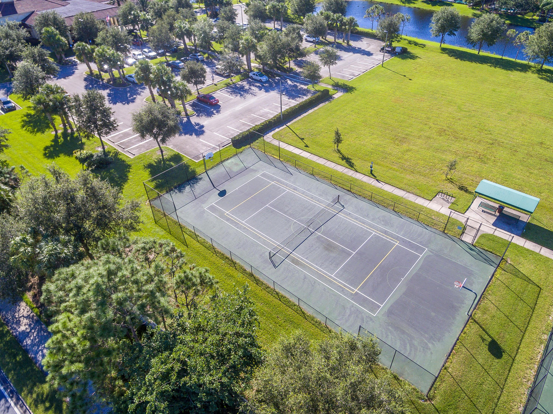 8292 Mulligan Circle, Port Saint Lucie, FL 34986