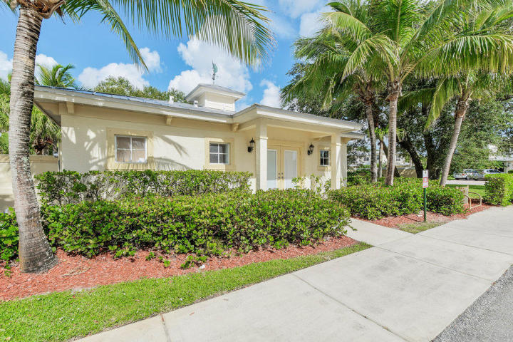 2624 Creekside Drive, Fort Pierce, FL 34981