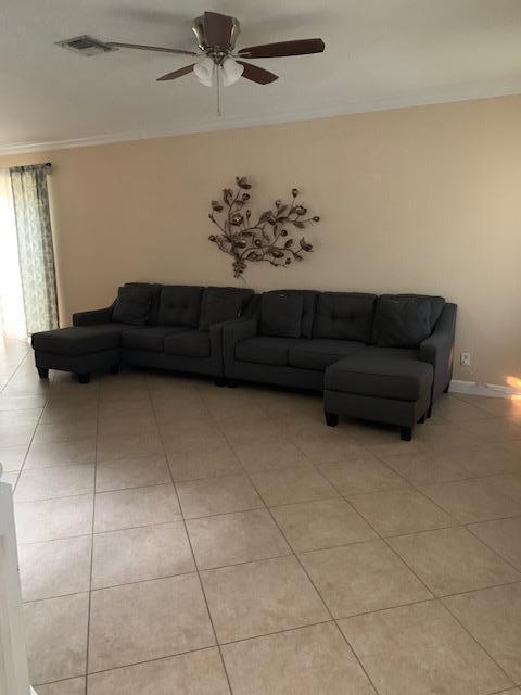 2549 Se Pineland Drive, Port Saint Lucie, FL 34952