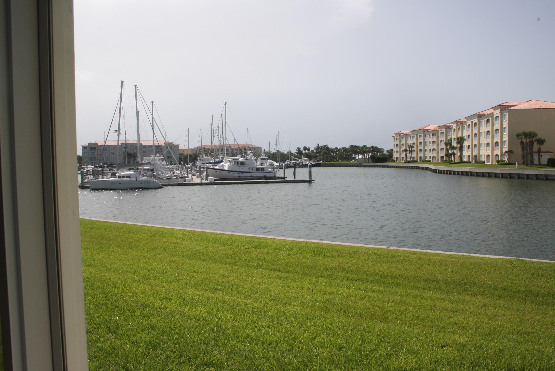 17 W Harbour Isle Drive, Fort Pierce, FL 34949