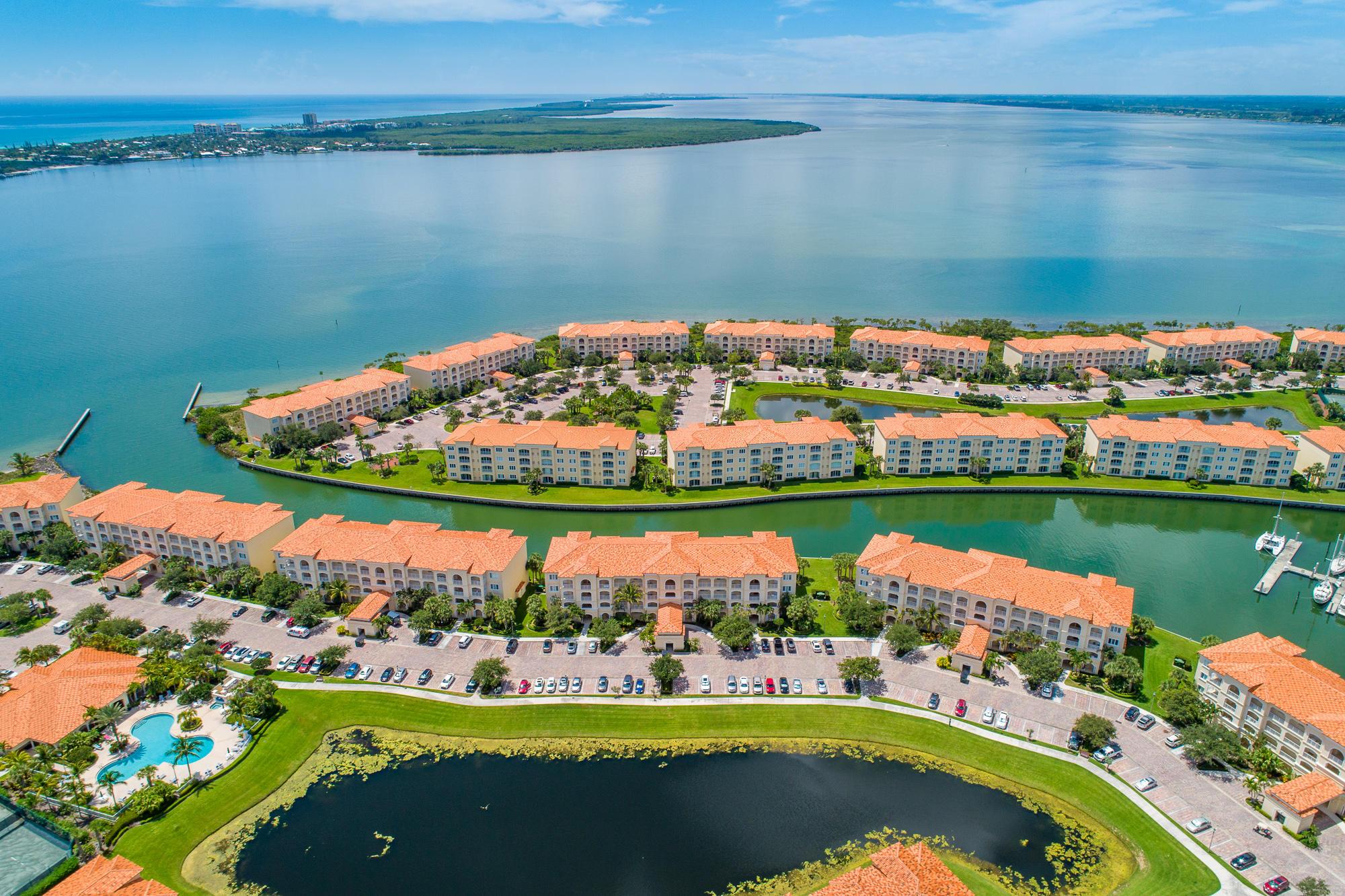 7 Harbour Isle E Drive, Hutchinson Island, FL 34949