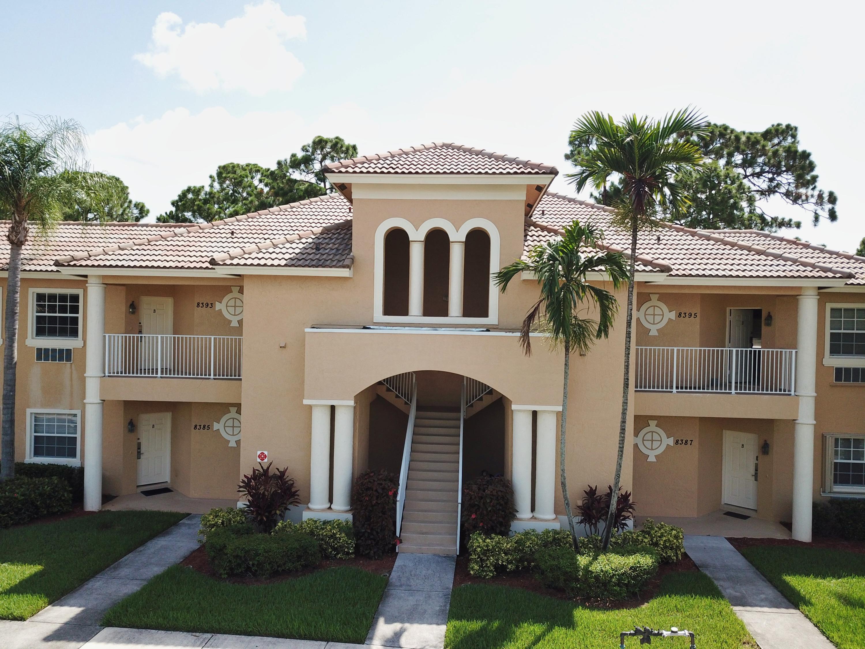 8393 Mulligan Circle, Port Saint Lucie, FL 34986