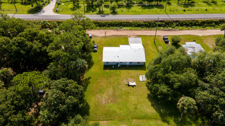 2135 S Brocksmith Road, Fort Pierce, FL 34945