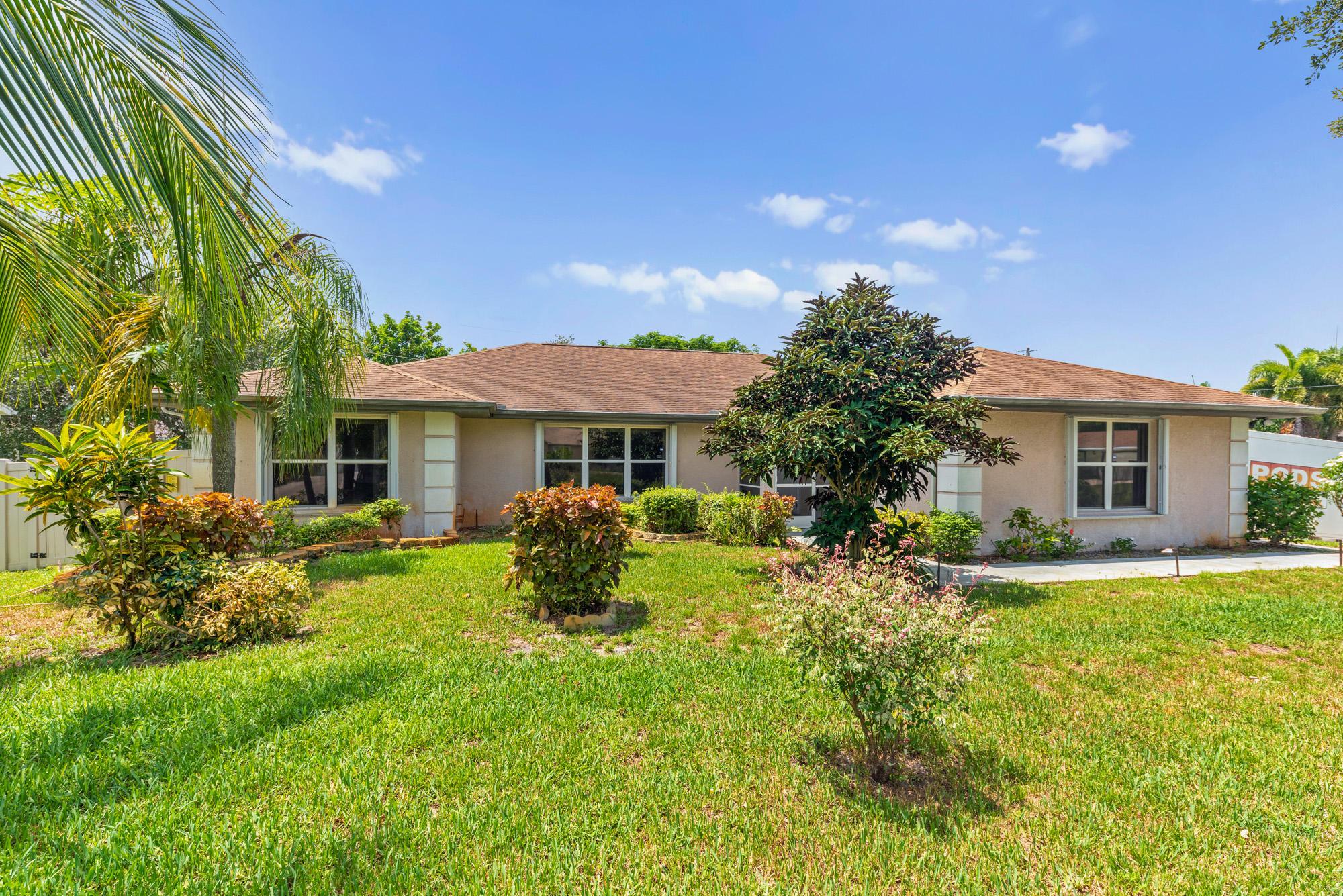 1702 Sw Finch Lane, Port Saint Lucie, FL 34953