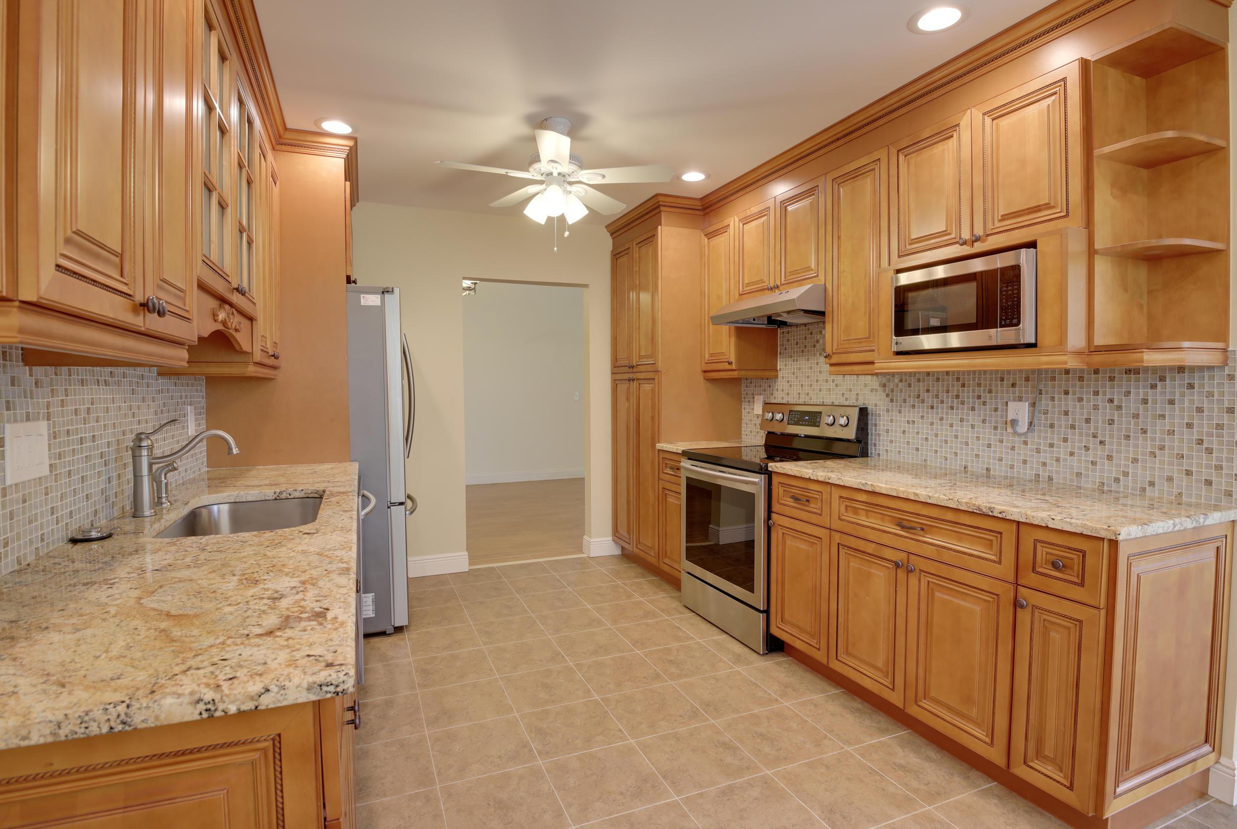6994 Peony Place, Lake Worth, FL 33467