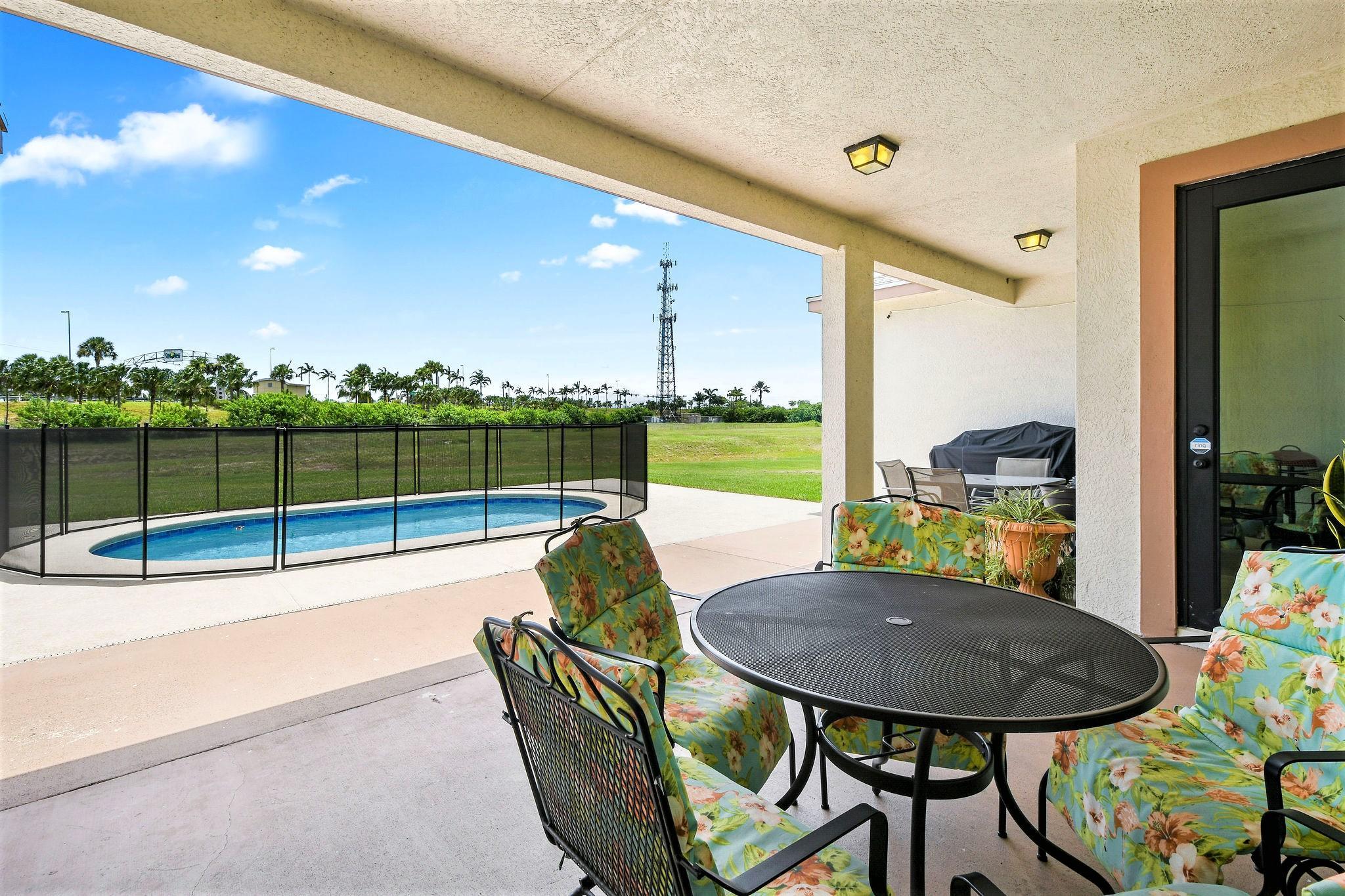 378 Sw Ridgecrest Drive, Port Saint Lucie, FL 34953