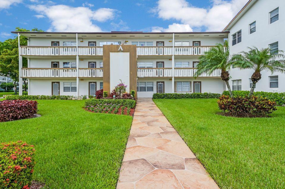 9 Mansfield A, Boca Raton, FL 33434