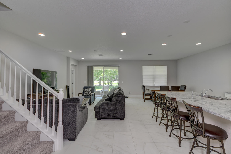 1260 Nw Leonardo Circle, Port Saint Lucie, FL 34986