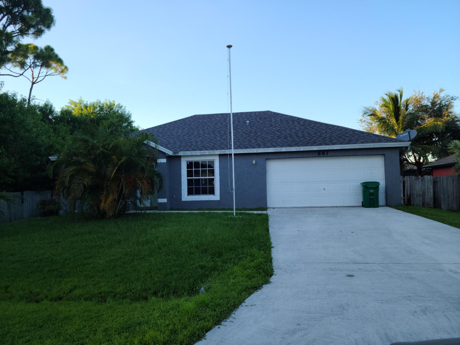 661 Se Chapman Avenue, Port Saint Lucie, FL 34984