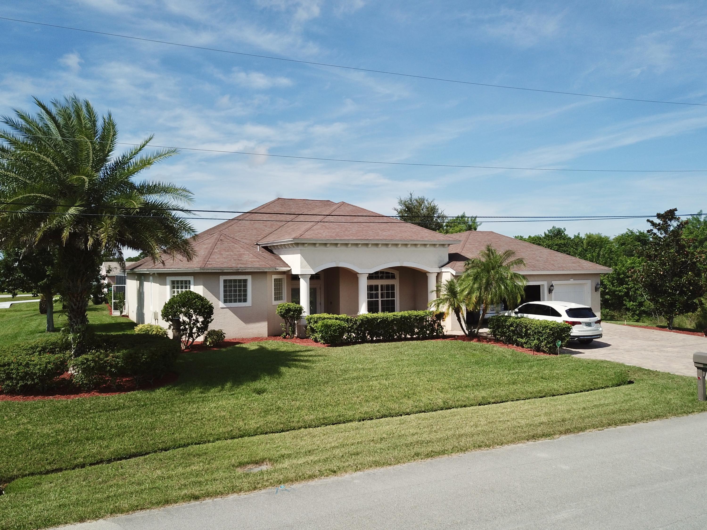 5841 Nw Alpha Court, Port Saint Lucie, FL 34986