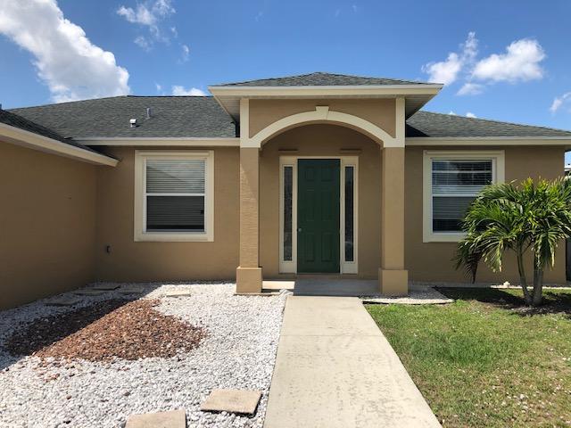 2194 Sw Idaho Lane, Port Saint Lucie, FL 34953