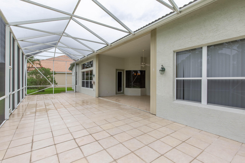 584 Sw Romora Bay, Port Saint Lucie, FL 34986