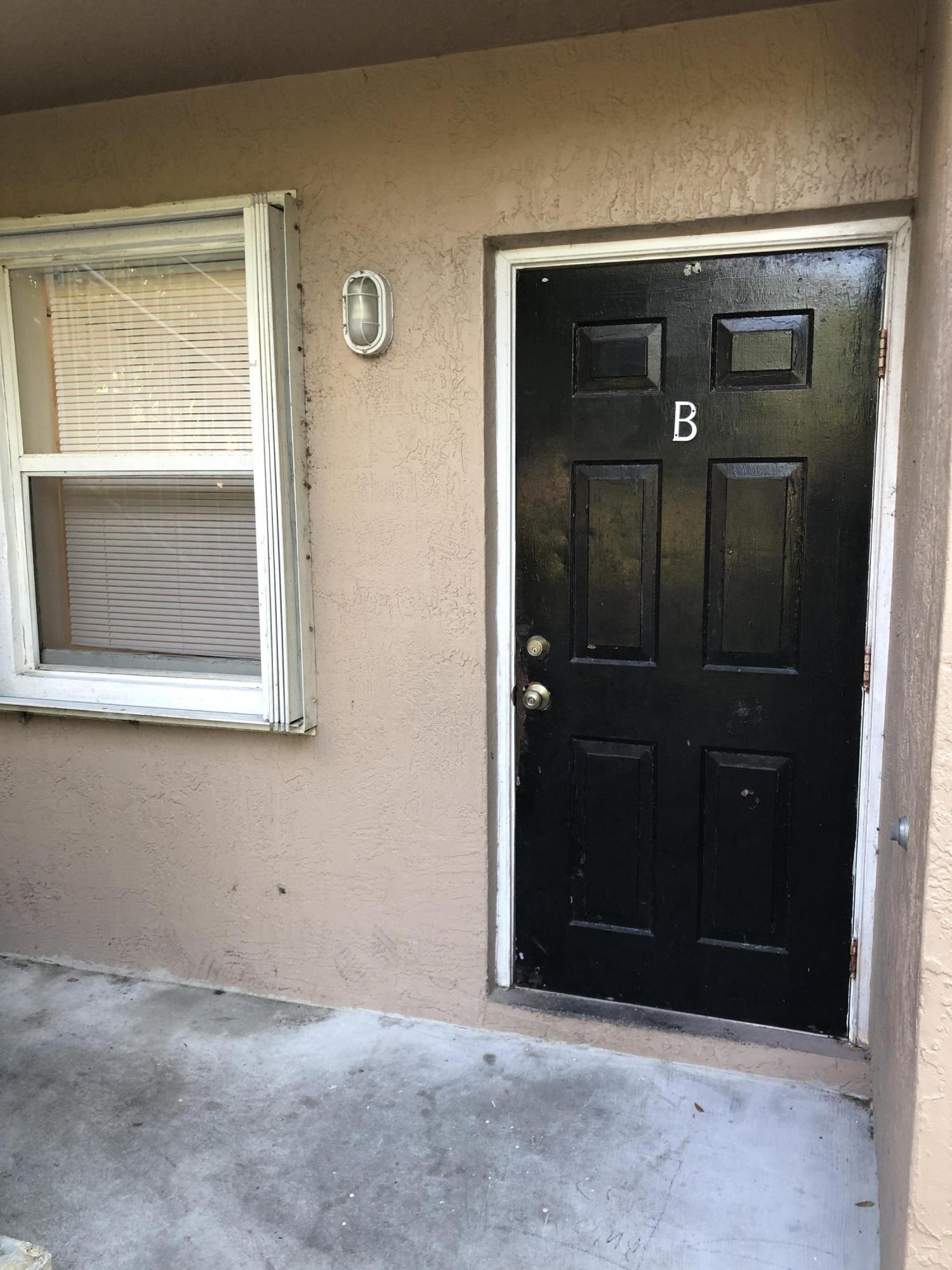 2109 Se 3rd Street, Boynton Beach, FL 33435