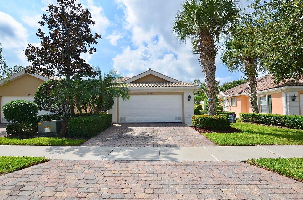 12155 Sw Elsinore Drive, Port Saint Lucie, FL 34987