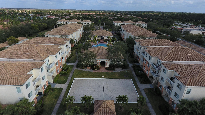 9857 Baywinds Drive, West Palm Beach, FL 33411