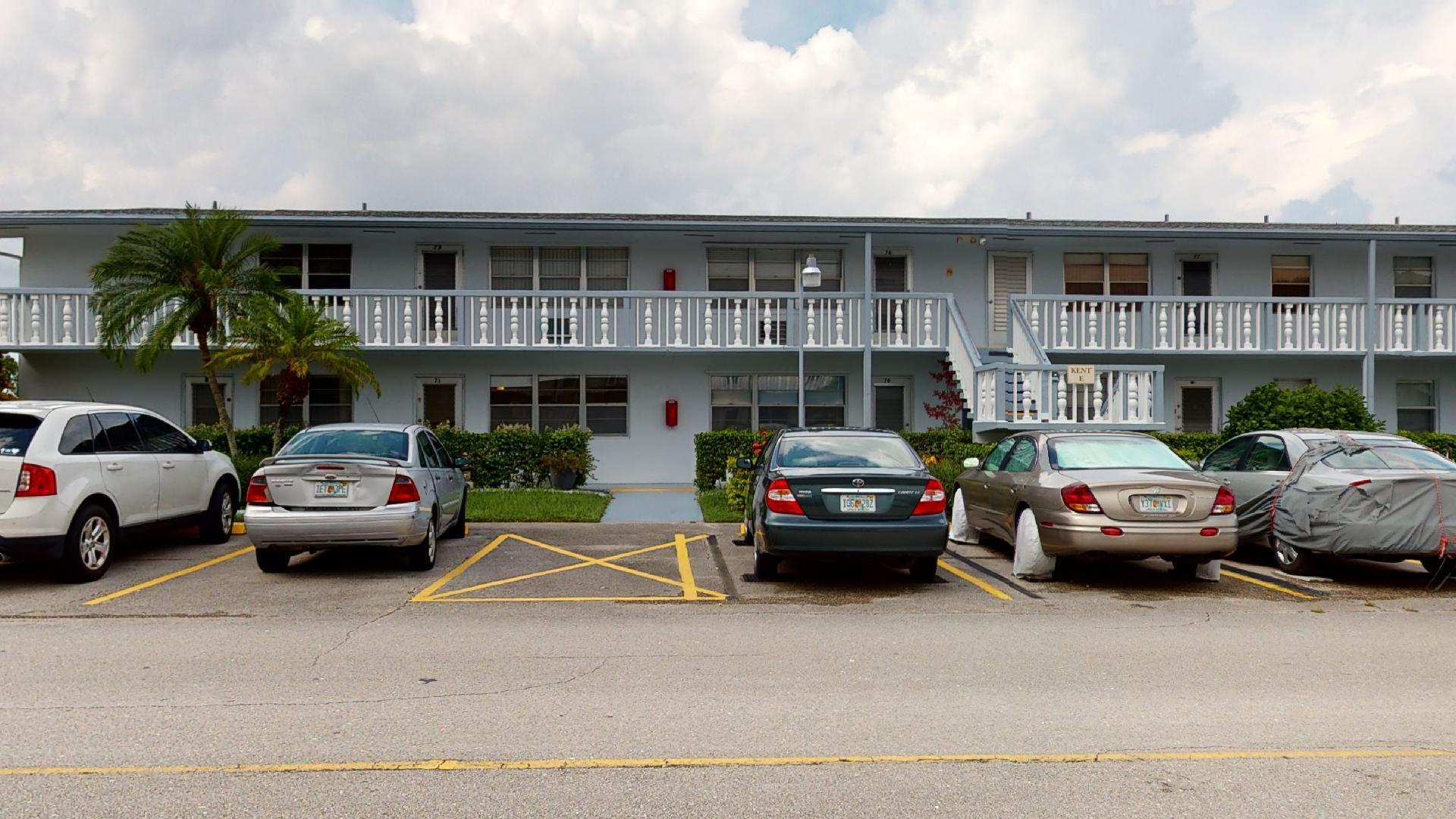 71 Kent E, West Palm Beach, FL 33480