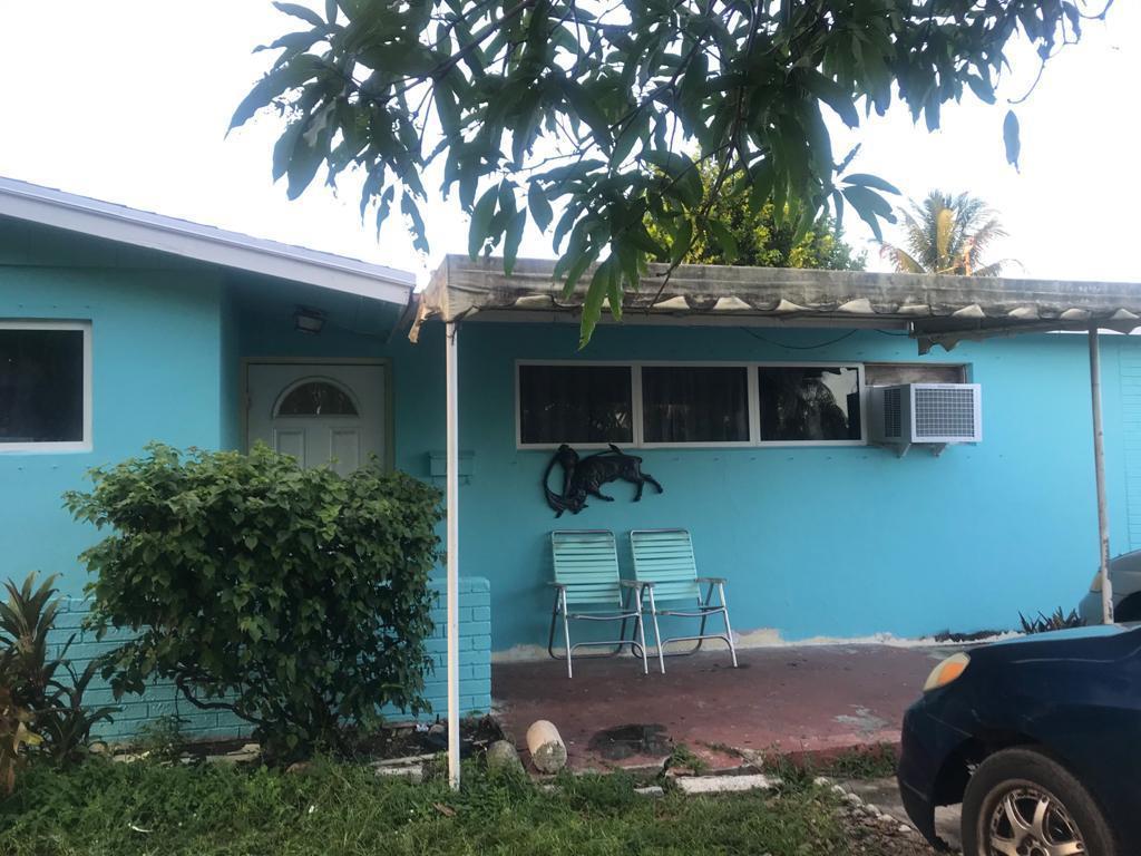 5125 Marion Place, West Palm Beach, FL 33407