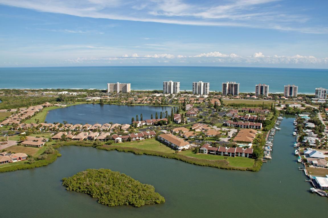 3209 S Lakeview Circle, Hutchinson Island, FL 34949