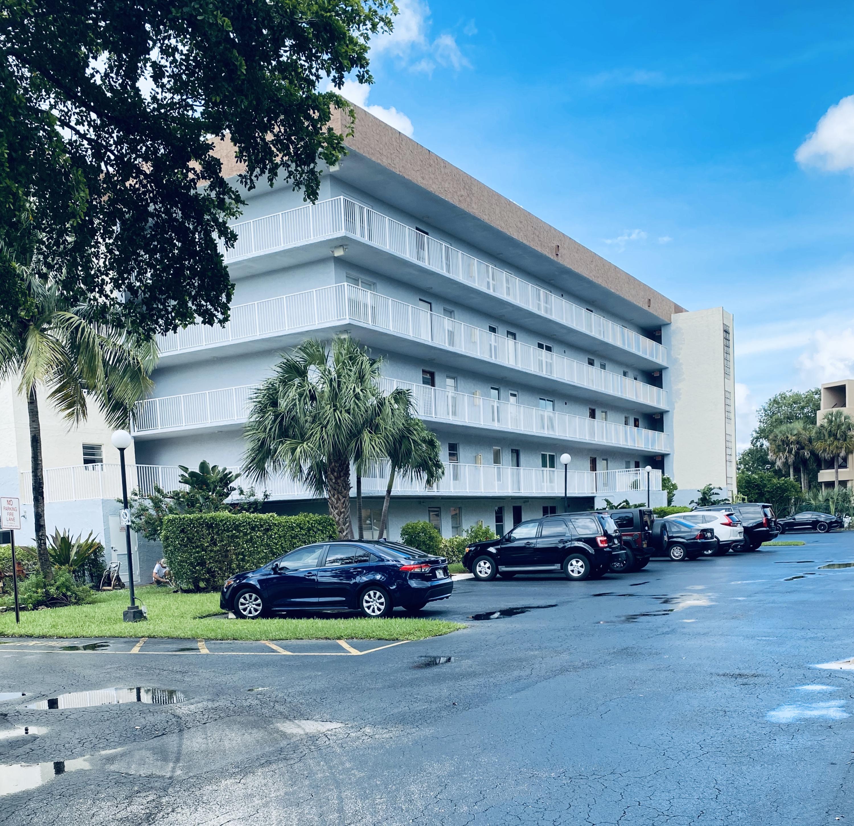 1402 Nw 80th Avenue, Margate, FL 33063