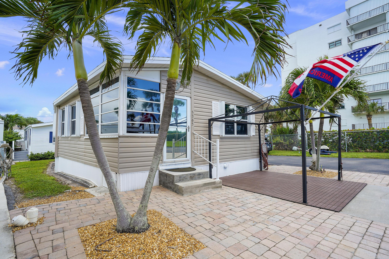 5365 Compass Cove Place, Hutchinson Island, FL 34949