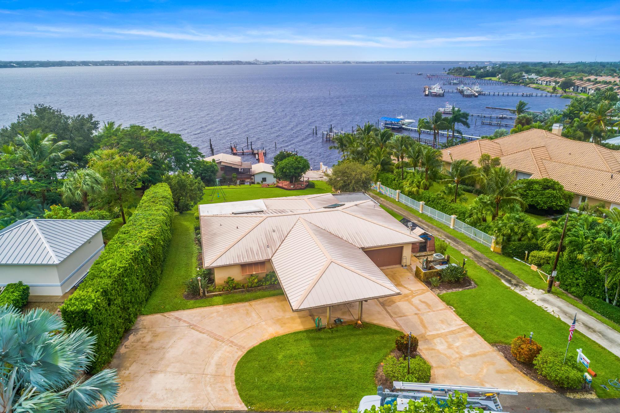 2126 Ne River Court, Jensen Beach, FL 34957