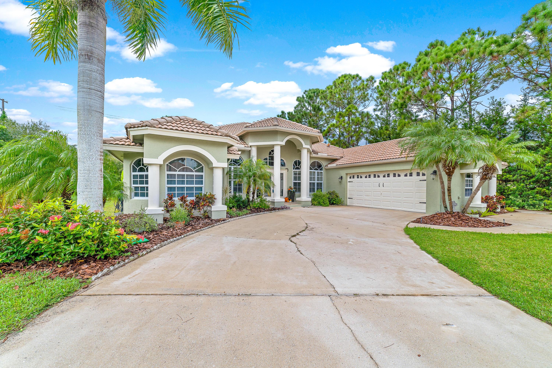 2811 Bent Pine Drive, Fort Pierce, FL 34951