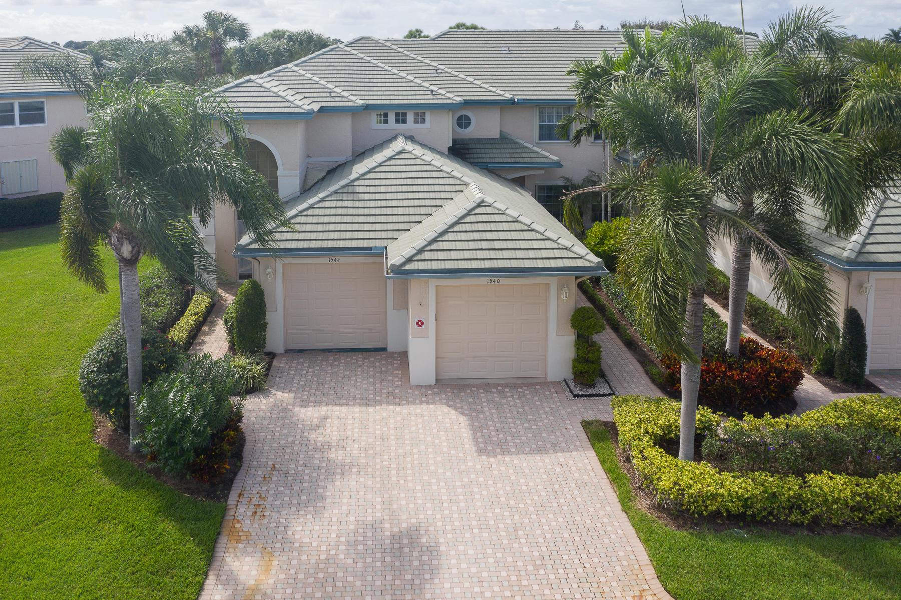 1544 Se Prestwick Lane, Port Saint Lucie, FL 34952