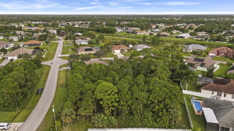 6055 Nw Winfield Drive, Port Saint Lucie, FL 34986
