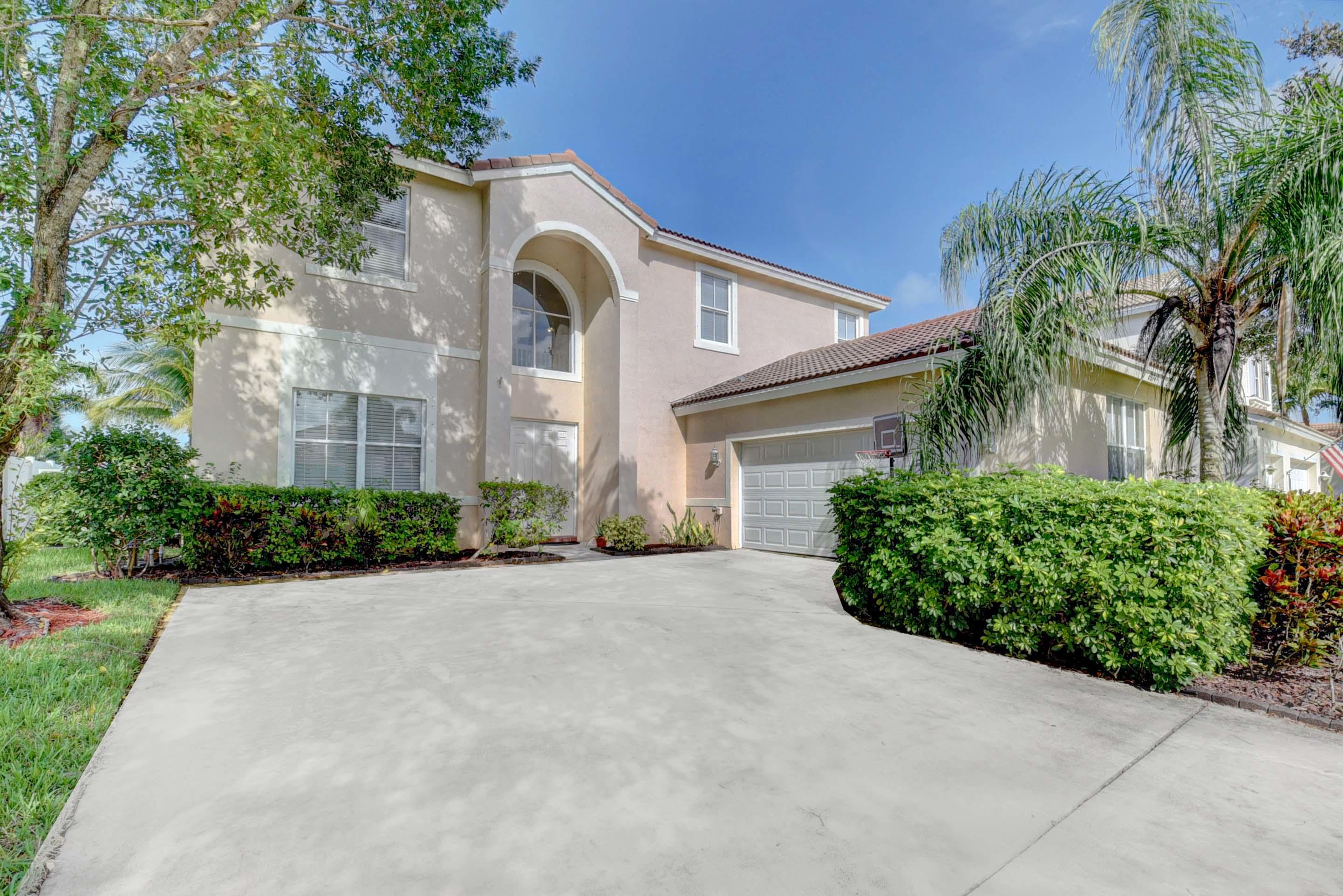 6194 Indian Forest Circle, Lake Worth, FL 33463