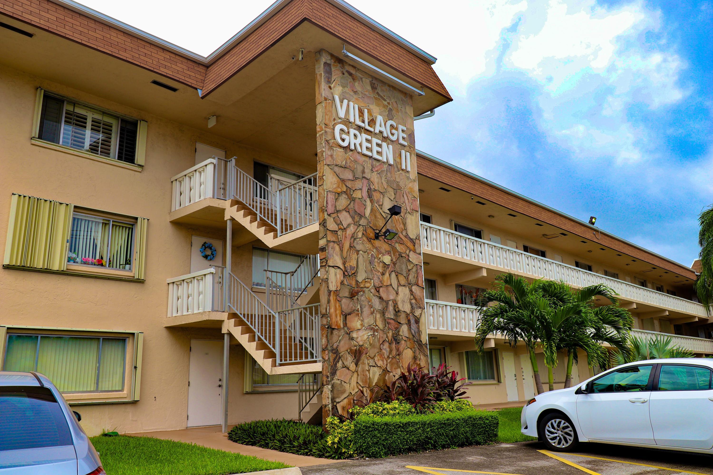 200 Village Green E Circle, Palm Springs, FL 33461