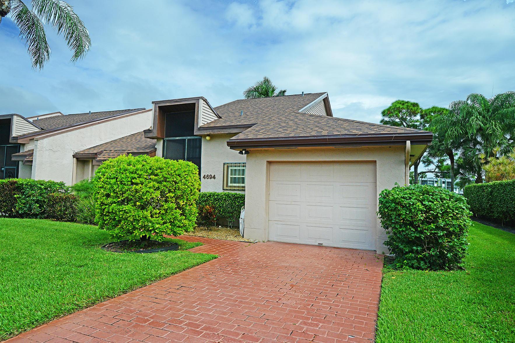 4694 Fountains S Drive, Lake Worth, FL 33467