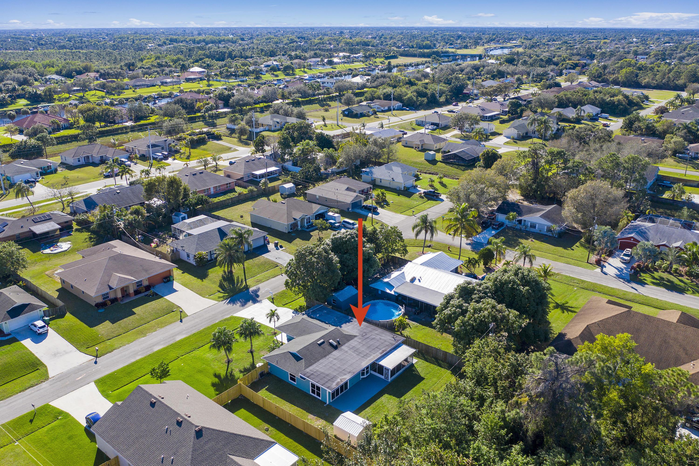 149 Sw Fairchild Avenue, Port Saint Lucie, FL 34984