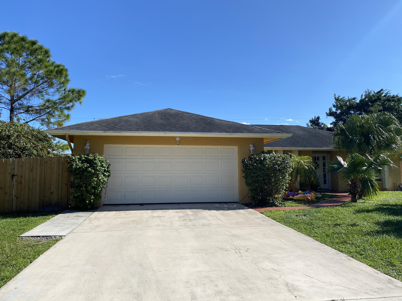 1357 Se Floresta Drive, Port Saint Lucie, FL 34983